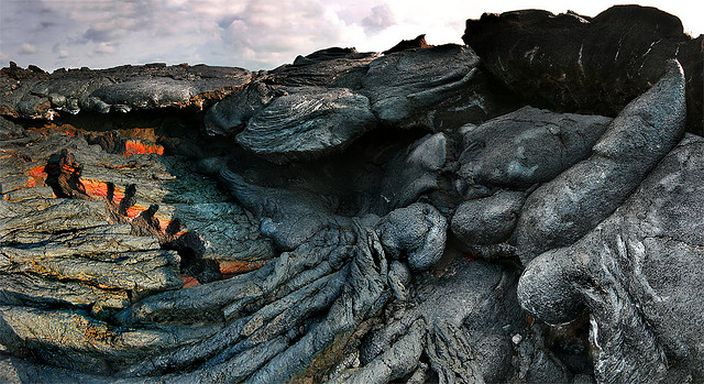 Mauna Loa, Hawaii (Yerphonebox/Flickr)