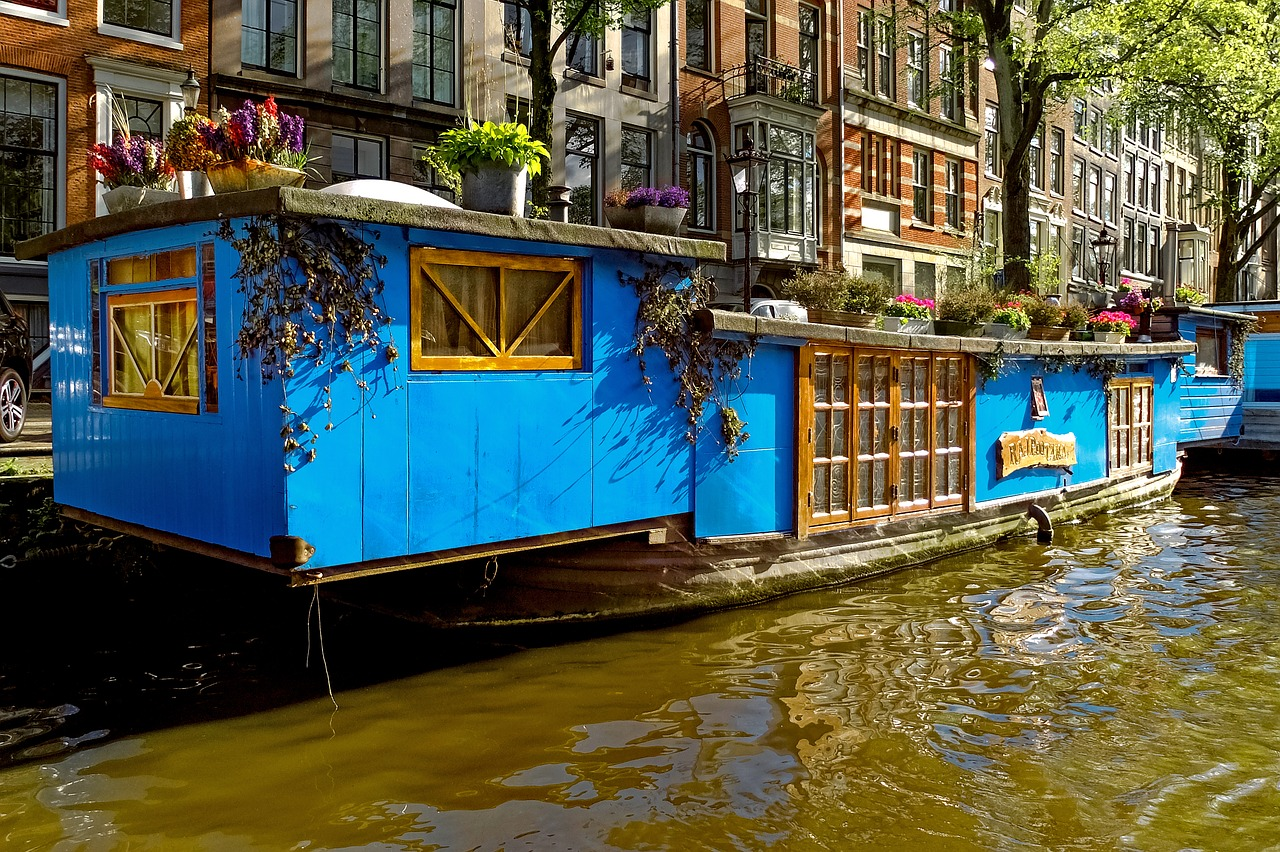 houseboats or a house built to float on the water
